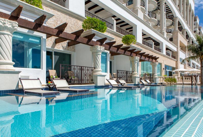 Hyatt Zilara Cancun - Swim Up Suites Pool <br/>Image from Leonardo