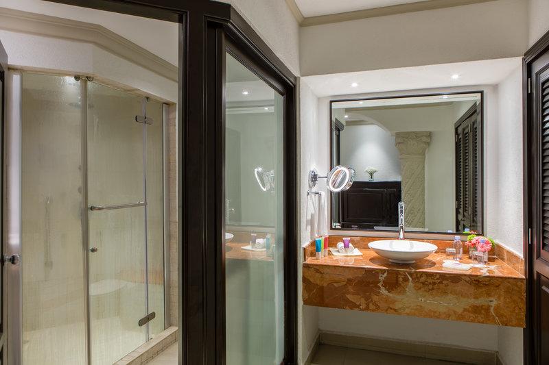 Hyatt Zilara Cancun - Ocean Front Luxury Suite Bathroom <br/>Image from Leonardo