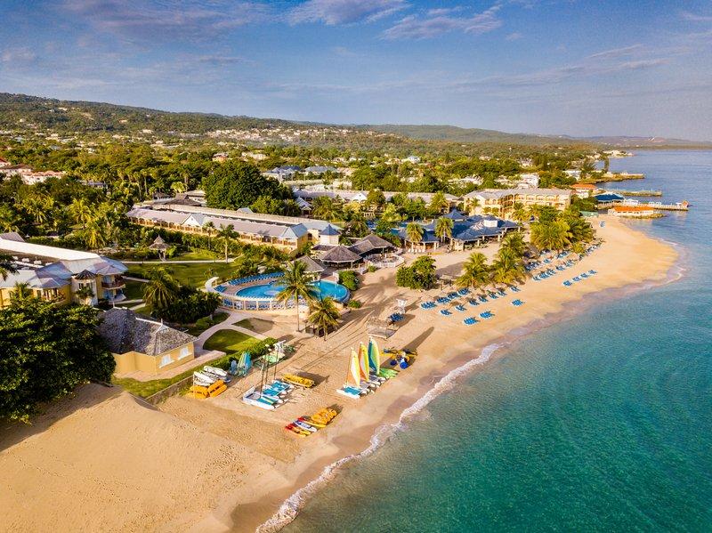 Jewel Runaway Bay Beach And Golf Resort -Beach Aerial<br/>Image from Leonardo