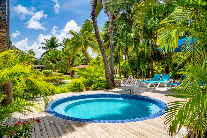 Jewel Runaway Bay Beach And Golf Resort  - Hottub <br/>Image from Leonardo