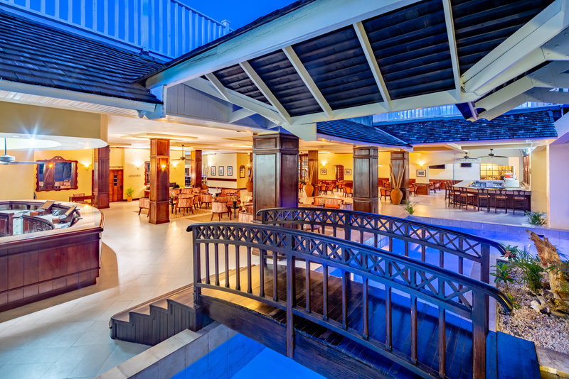 Jewel Runaway Bay Beach And Golf Resort -Jewel Runaway Bay Lobby<br/>Image from Leonardo