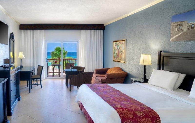 Jewel Runaway Bay Beach And Golf Resort -Jewel Runaway Bay Oceanfront Jr Suite Concierge<br/>Image from Leonardo
