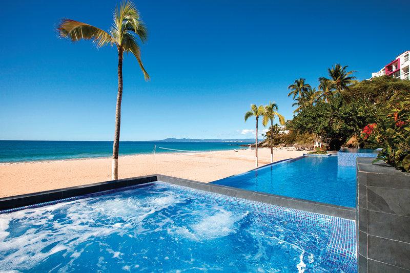 Hyatt Ziva Puerto Vallarta - Main Pool Hot Tub <br/>Image from Leonardo