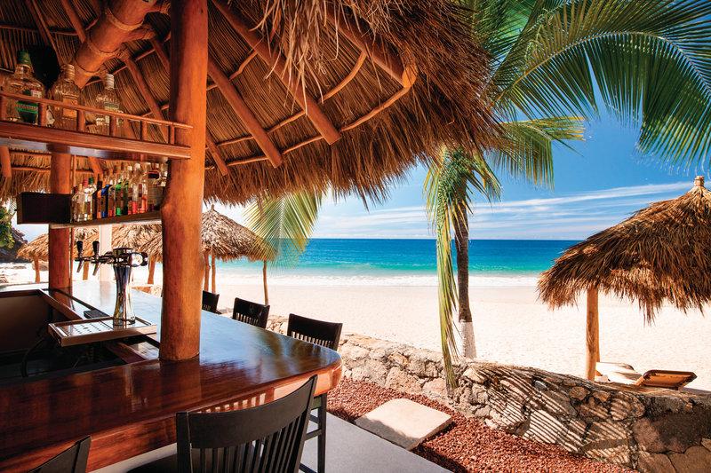 Hyatt Ziva Puerto Vallarta - Bar Tortugas <br/>Image from Leonardo