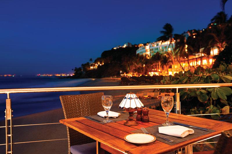 Hyatt Ziva Puerto Vallarta - Blaze Restaurant Table <br/>Image from Leonardo