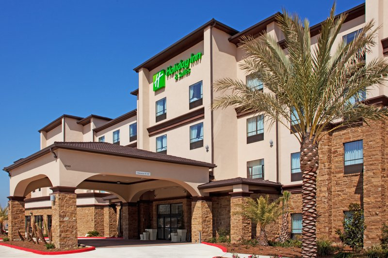 Holiday Inn Hotel & Suites Lake Charles South-Entrance<br/>Image from Leonardo