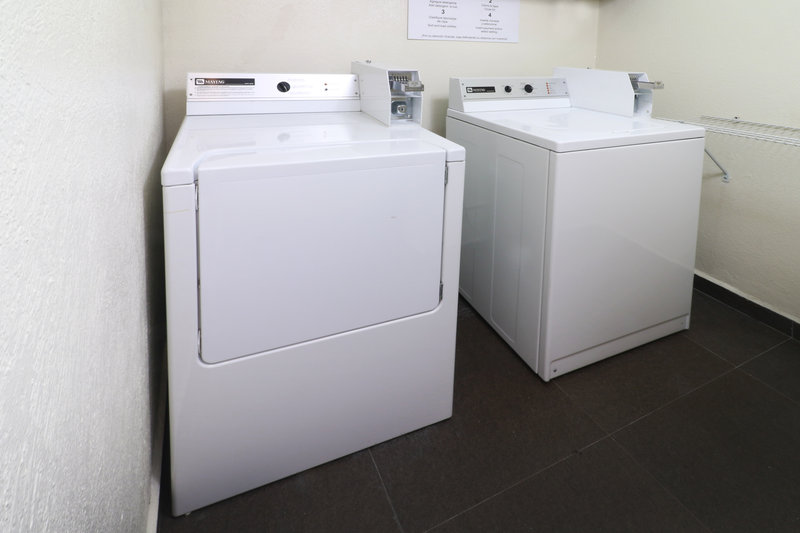 Holiday Inn Ciudad de Mexico-Trade Center-Laundry Facility<br/>Image from Leonardo
