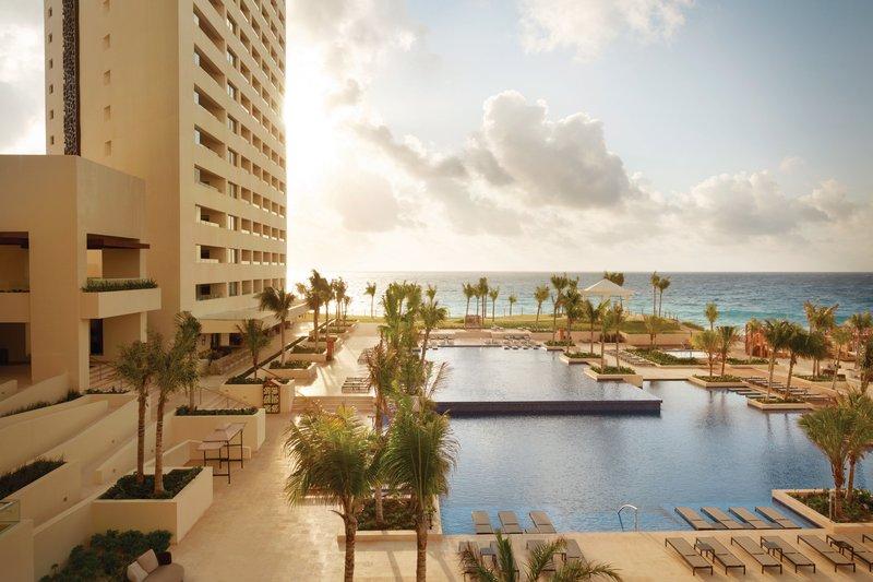 Hyatt Ziva Cancun  - Hyatt Ziva Cancun Club Pool <br/>Image from Leonardo