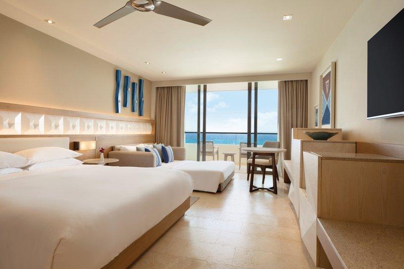 Hyatt Ziva Cancun  - Hyatt Ziva Cancun Ocean Front King Room <br/>Image from Leonardo