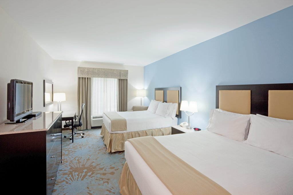 Holiday Inn Express Plainville - Foxboro Area-Two Queen Bed Guest Room<br/>Image from Leonardo
