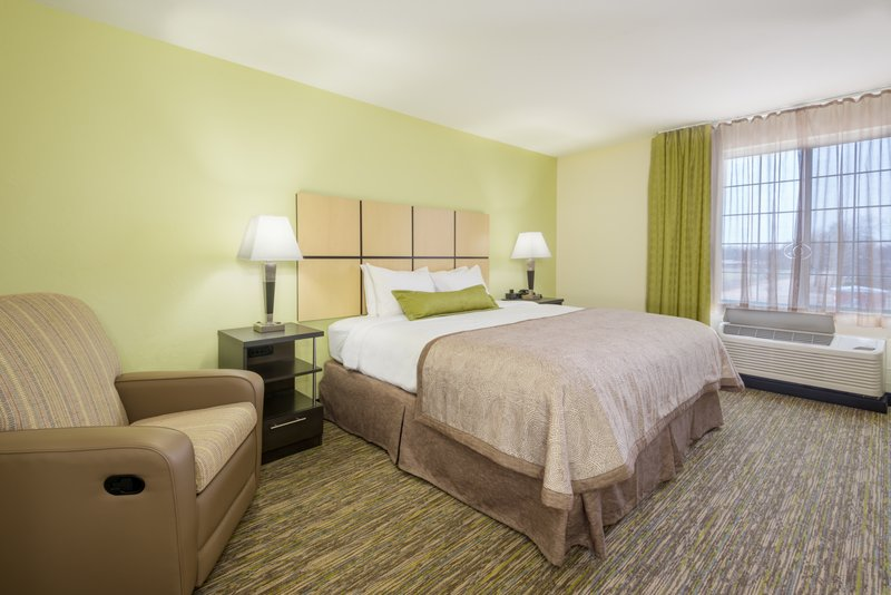 Candlewood Suites Midwest City-ADA/Handicapped accessible King Studio Suite<br/>Image from Leonardo
