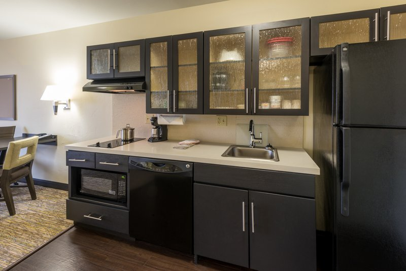 Candlewood Suites Midwest City-Studio Suite kitchen<br/>Image from Leonardo