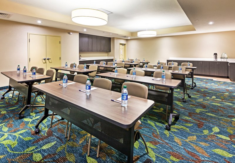 Candlewood Suites Midwest City-Meeting Room<br/>Image from Leonardo