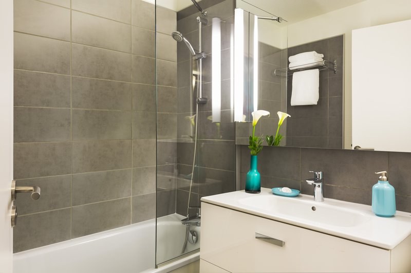 Citadines Wilson Toulouse-Bathroom, Citadines Wilson Toulouse<br/>Image from Leonardo