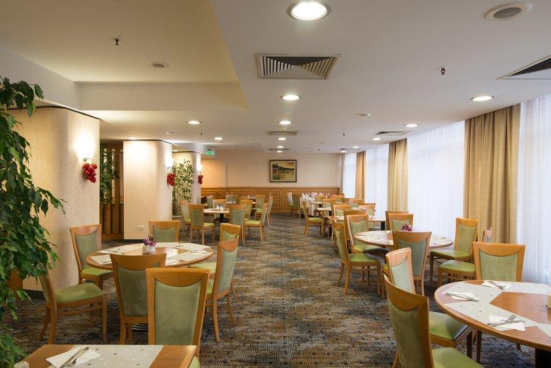 Holiday Inn Skopje-Restaurant<br/>Image from Leonardo