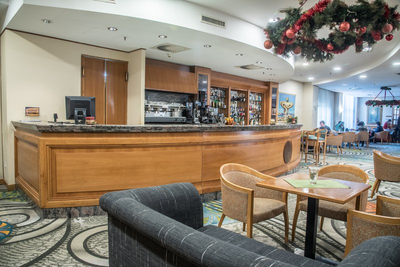 Holiday Inn Skopje-Bar and Lounge<br/>Image from Leonardo