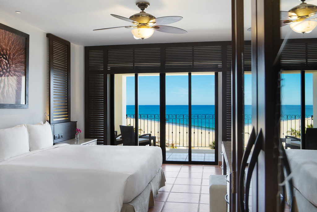 Hyatt Ziva Los Cabos - Hyatt Ziva Los Cabos Club Ocean Front King Room <br/>Image from Leonardo