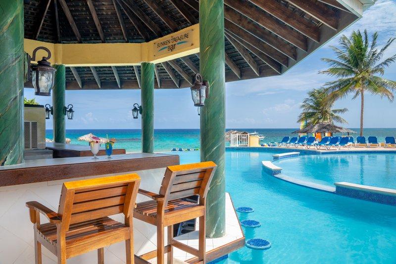 Jewel Runaway Bay Beach And Golf Resort  - Jewel Runaway Bay Sunken Treasure Bar <br/>Image from Leonardo