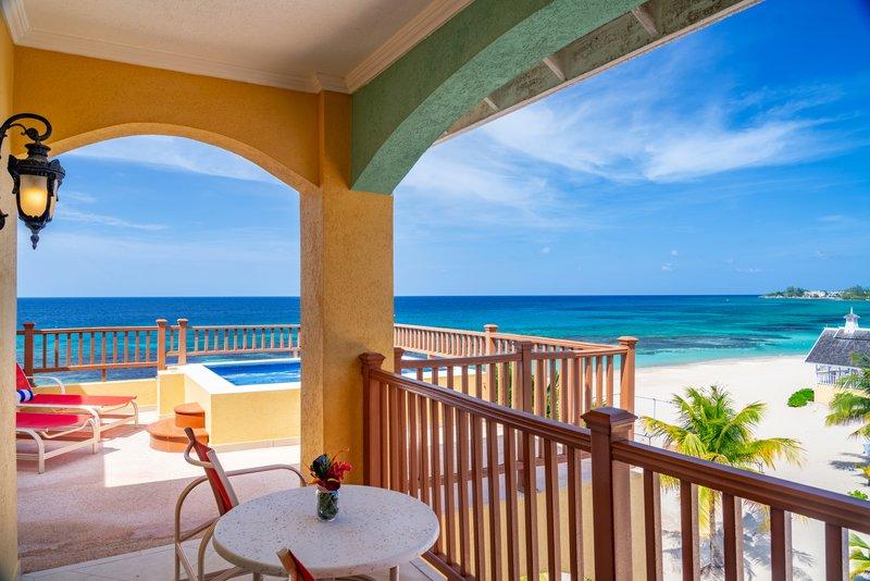 Jewel Runaway Bay Beach And Golf Resort  - Ocean Front One Bedroom Butler Suite Balcony <br/>Image from Leonardo
