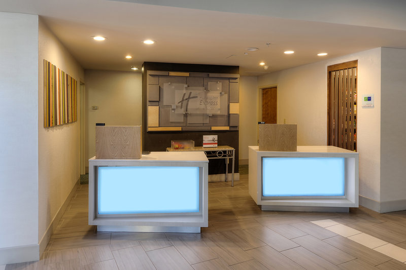 Holiday Inn Express & Suites The Villages-Reception-Font Desk Holiday Inn Express & Suites The Villages<br/>Image from Leonardo