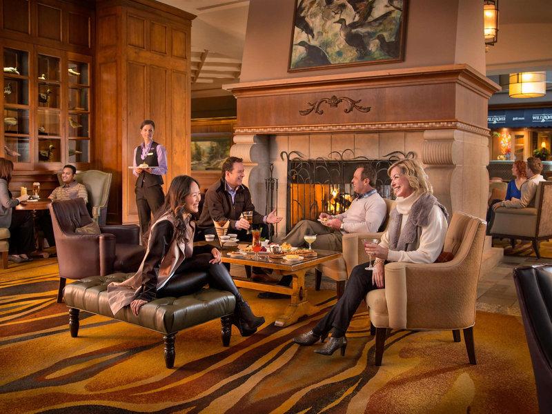 Fairmont Chateau Whistler-Bar/Lounge<br/>Image from Leonardo