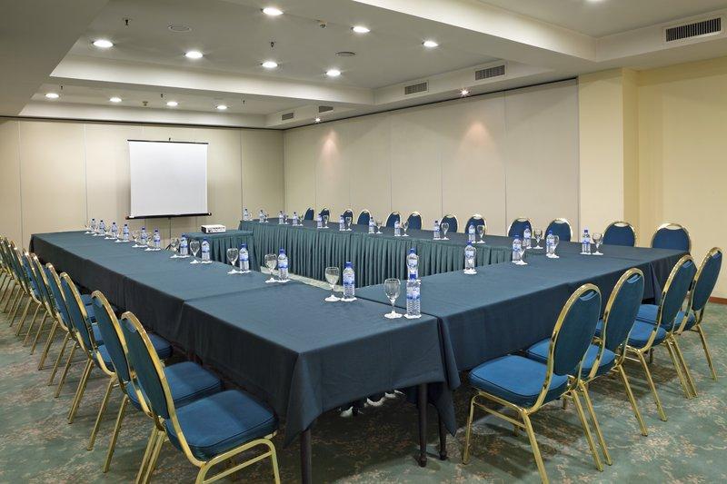 Holiday Inn Skopje-Meeting Room<br/>Image from Leonardo