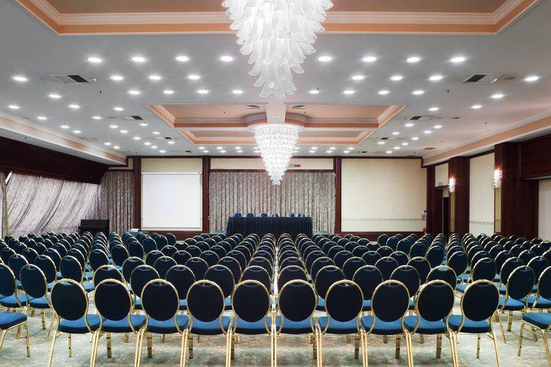 Holiday Inn Skopje-Conference Room<br/>Image from Leonardo