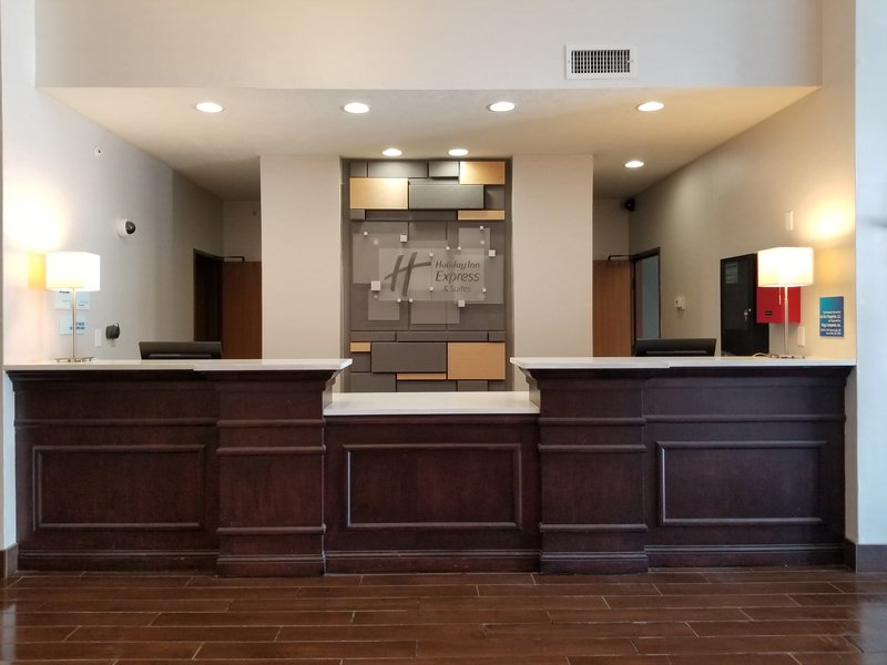Holiday Inn Express & Suites Omaha West-Entrance<br/>Image from Leonardo