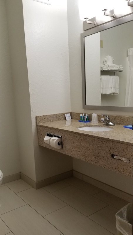 Holiday Inn Express & Suites Omaha West-Guest Room<br/>Image from Leonardo
