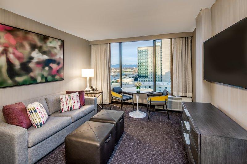 Crowne Plaza Downtown Denver-Suite<br/>Image from Leonardo