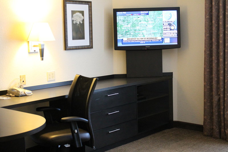 Candlewood Suites Wichita-Airport-Great storage space in our studio suites!<br/>Image from Leonardo