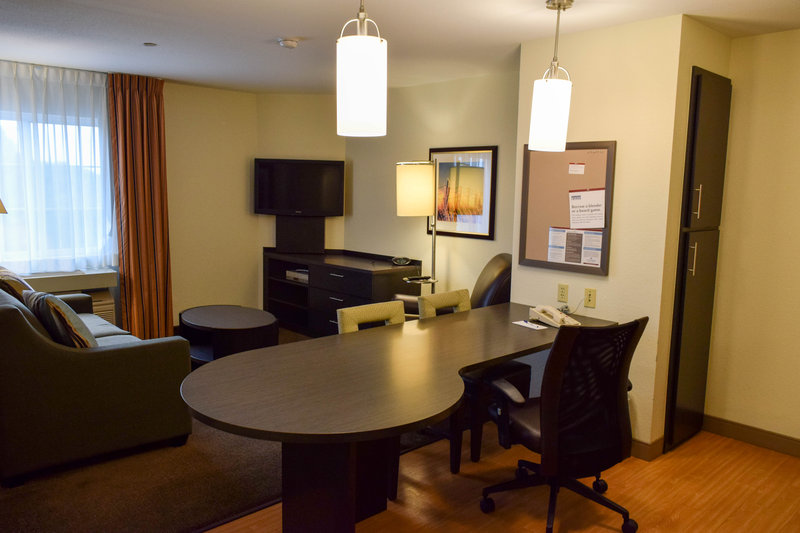 Candlewood Suites Wichita-Airport-One bedroom suite with relaxing living space!<br/>Image from Leonardo