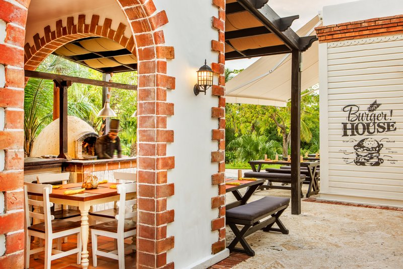 Sanctuary Cap Cana - Sanctuary Cap Cana Sanctuary Town Pizza Place <br/>Image from Leonardo
