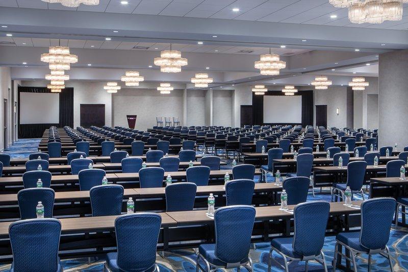 Crowne Plaza Boston - Woburn-Meeting Room<br/>Image from Leonardo
