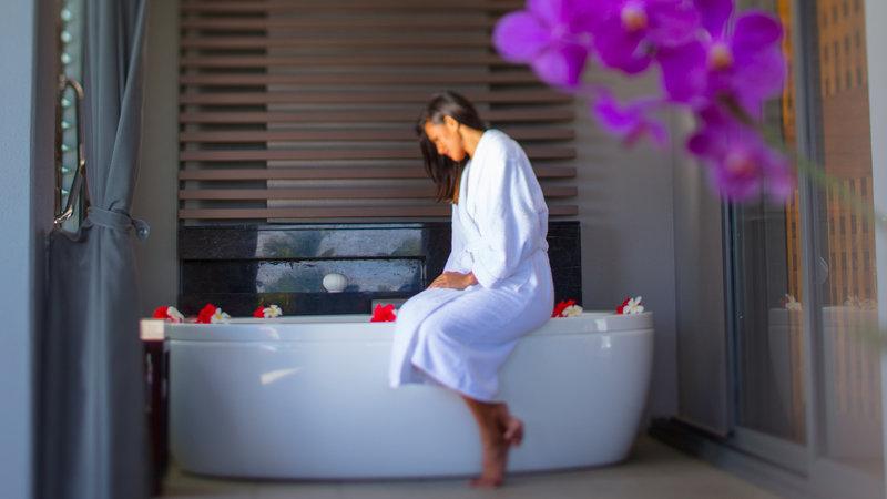 InterContinental Fiji Golf Resort & Spa-Luxury Cleopatra Bath<br/>Image from Leonardo
