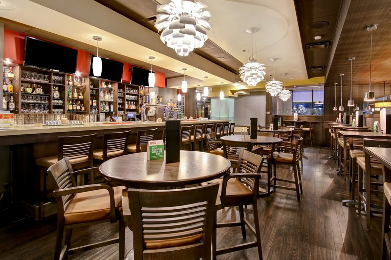 Holiday Inn Hotel & Suites Windsor (Ambassador Bridge)-Restaurant<br/>Image from Leonardo