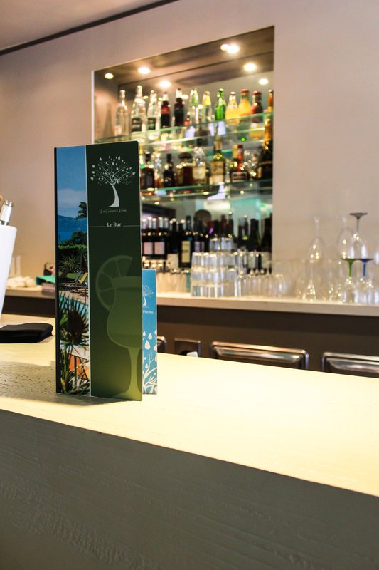 Holiday Inn Cannes-Lobby Bar<br/>Image from Leonardo