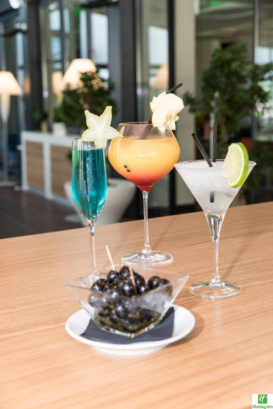 Holiday Inn Cannes-Beverage Selection<br/>Image from Leonardo