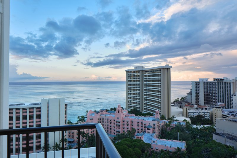 Waikiki Beachcomber By Outrigger - 1Bed Oceanview Suite <br/>Image from Leonardo