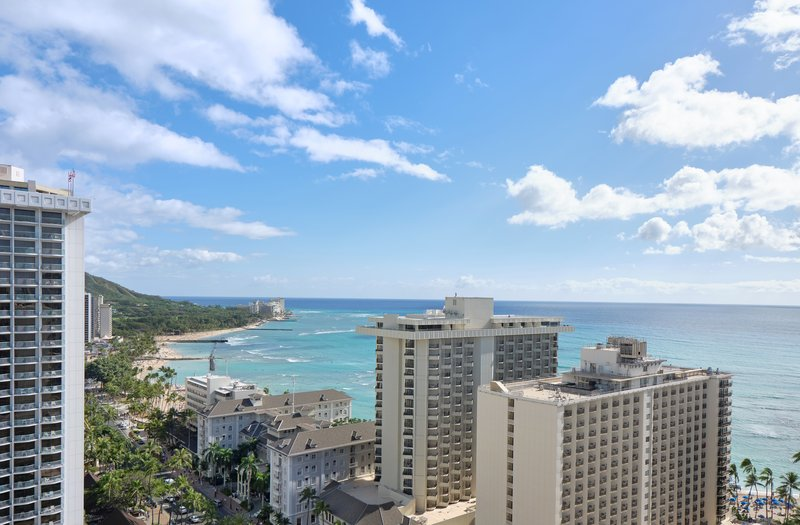 Waikiki Beachcomber By Outrigger - Oceanview Double <br/>Image from Leonardo