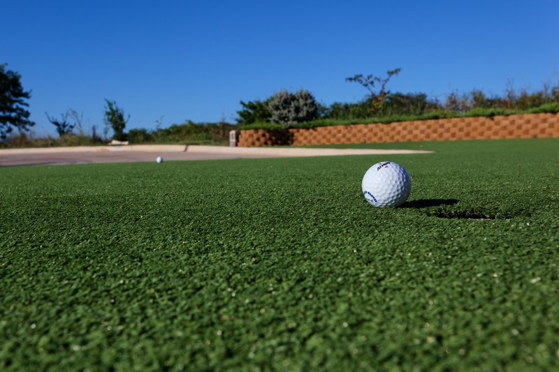 Holiday Inn Express & Suites Cleburne-Putting Green<br/>Image from Leonardo