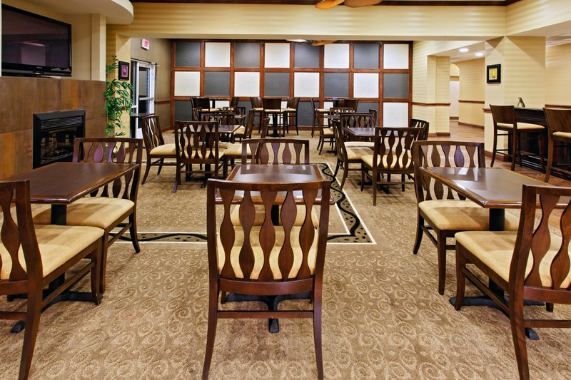 Holiday Inn Express & Suites Cleburne-Guest Dining Lounge<br/>Image from Leonardo