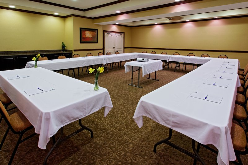 Holiday Inn Express & Suites Cleburne-Meeting Room<br/>Image from Leonardo