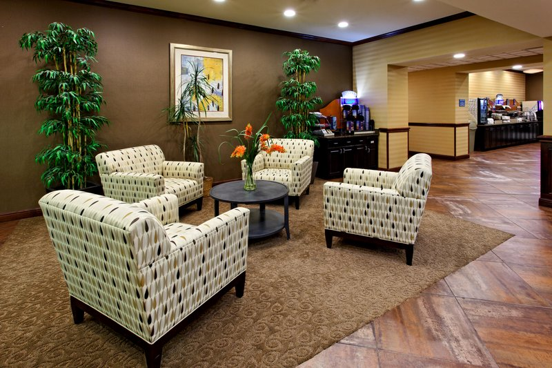 Holiday Inn Express & Suites Cleburne-Lobby Lounge<br/>Image from Leonardo