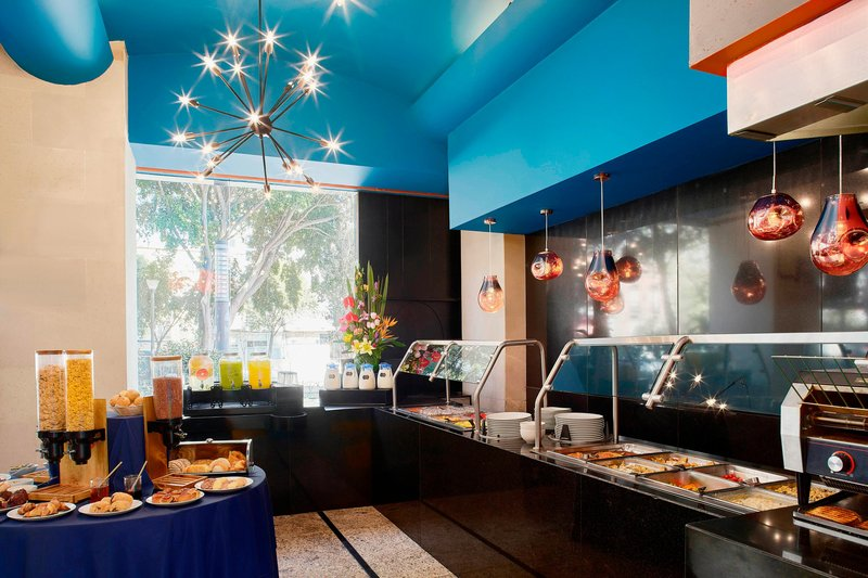 Four Points by Sheraton Mexico City, Colonia Roma-Restaurant Sarabela<br/>Image from Leonardo