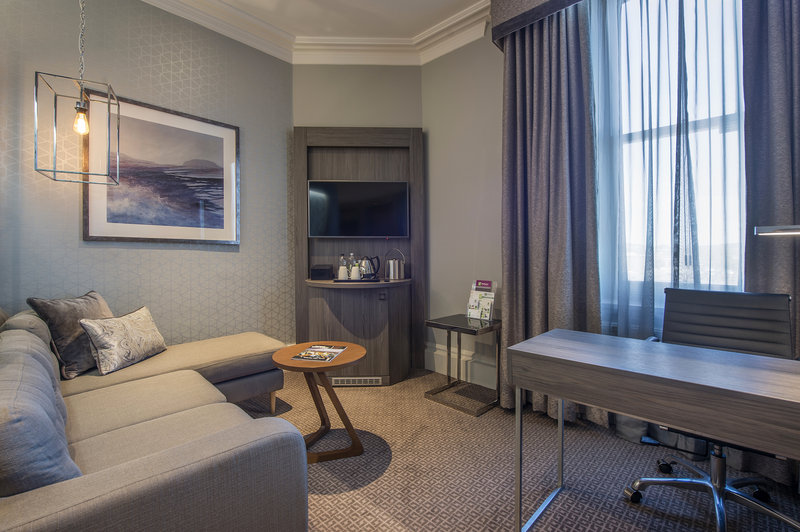 Holiday Inn Sheffield-Relax and unwind in our newly refurbished Junior Suites<br/>Image from Leonardo