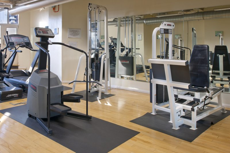 Holiday Inn Sheffield-Fitness Center workout area with flatscreen TV's<br/>Image from Leonardo