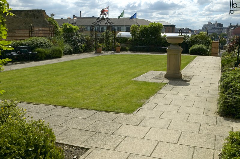 Holiday Inn Sheffield-The Victorian Garden an ideal place for barbecues or welcome drink<br/>Image from Leonardo