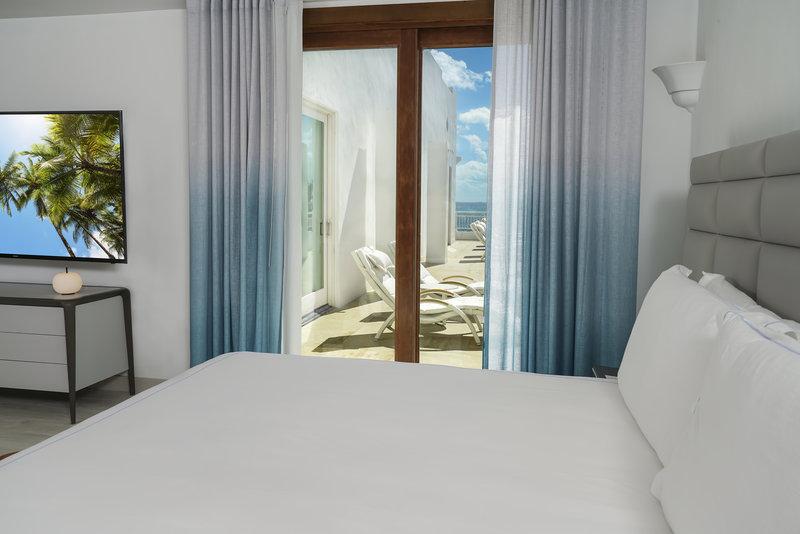 CuisinArt Golf Resort & Spa.-Cuisin Art Seaview Three Bedroom Penthouse Master<br/>Image from Leonardo