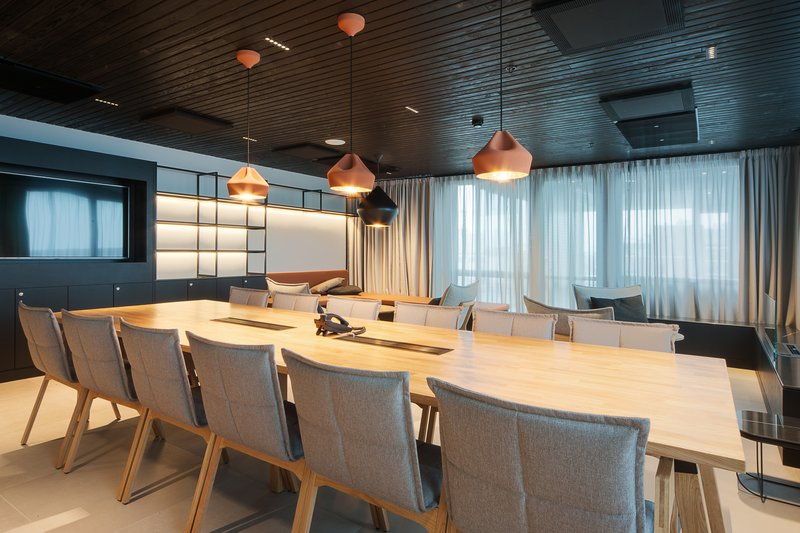 Holiday Inn Helsinki - Exhibition & Convention Centre-Our Terrace Cabinet is set up with a board room table<br/>Image from Leonardo